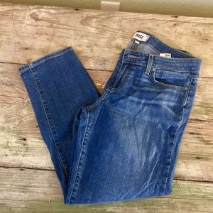 Paige Kylie Crop distressed whiskers shadows Sz 30